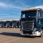 Zestien nieuwe Mercedes trucks voor Van Rooijen